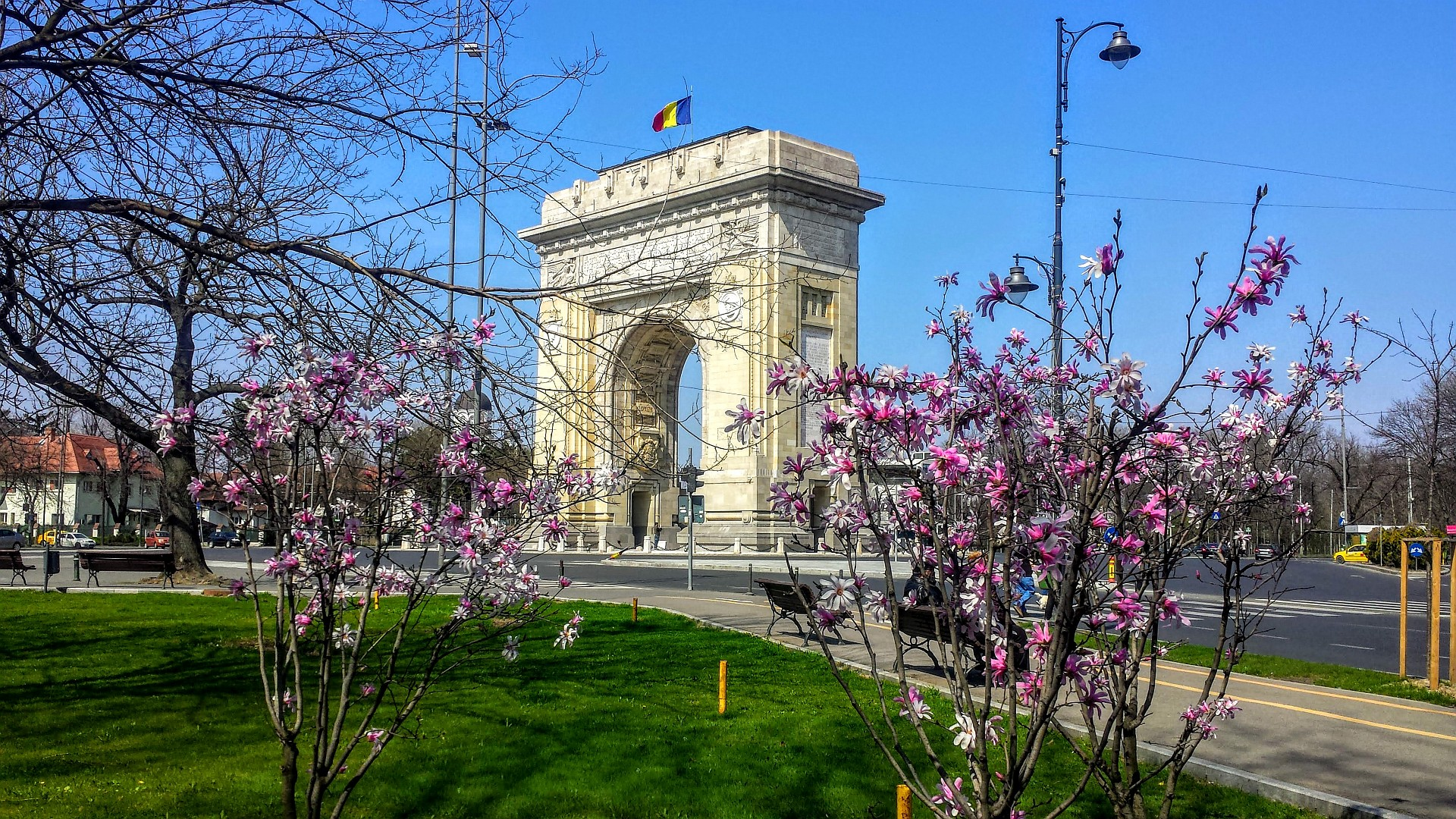 Arch of Triumph - Bucharest private car tour | Romania holiday